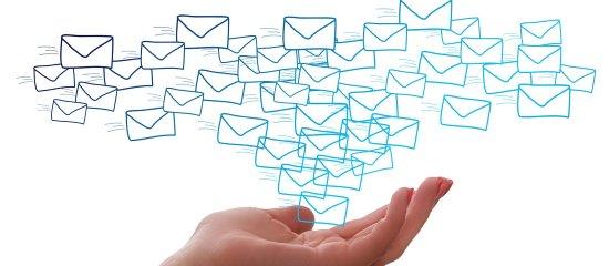 Vorsicht bei E-mails von online Kontakten.