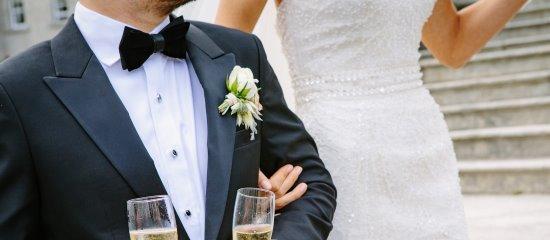 Vorsicht vor Betrügern bei Heiratsvermittlungen.